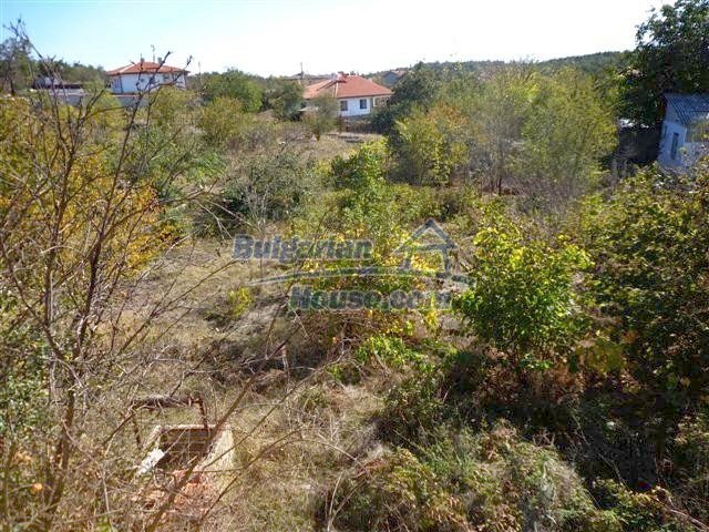 11507:16 - Cheap massive partly renovated rural house in Bourgas