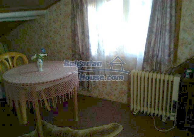 11509:17 - Large furnished seaside house in a developed village
