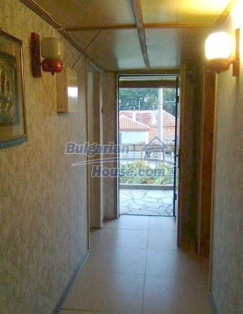 11509:21 - Large furnished seaside house in a developed village