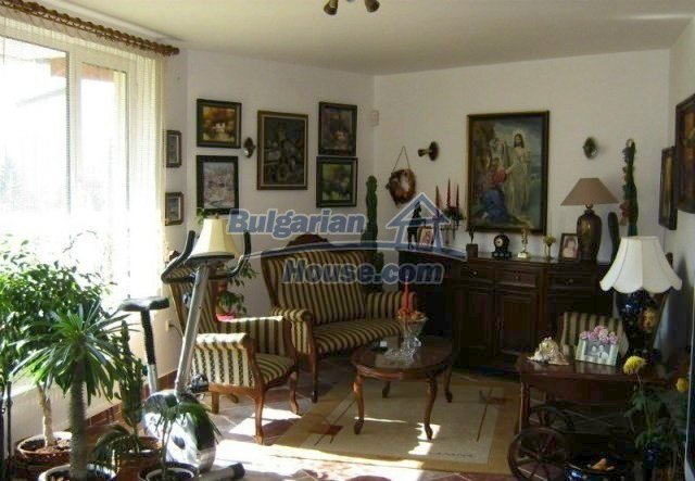 11512:2 - Luxurious furnished house 5 km away from Lovech