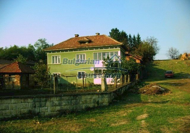 10099:31 - Two storey traditional house for sale in Bulgaria near Vratsa
