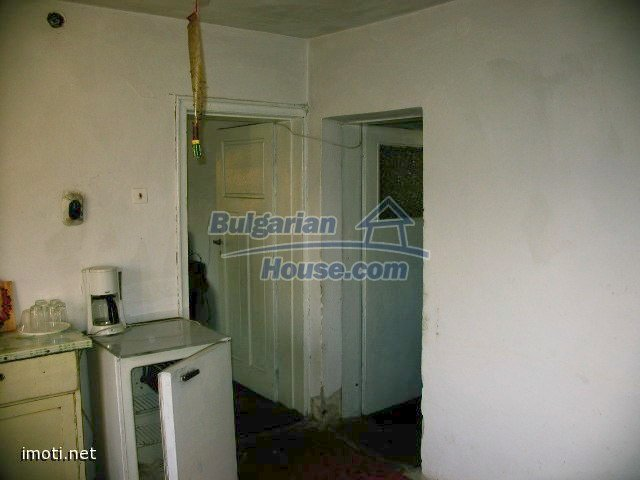 10099:37 - Two storey traditional house for sale in Bulgaria near Vratsa