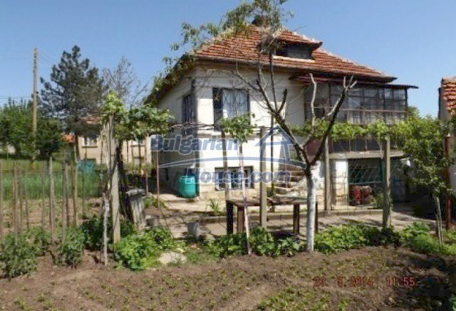 11537:1 - Cheap furnished rural house in Vratsa region