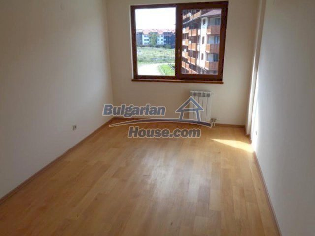 11557:13 - Large finished two-bedroom apartment in Bansko