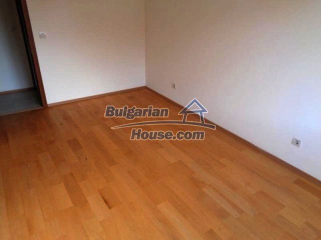 11557:14 - Large finished two-bedroom apartment in Bansko
