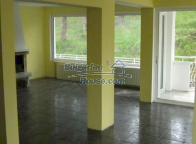 11563:1 - Large and well presented two-bedroom apartment in Razlog