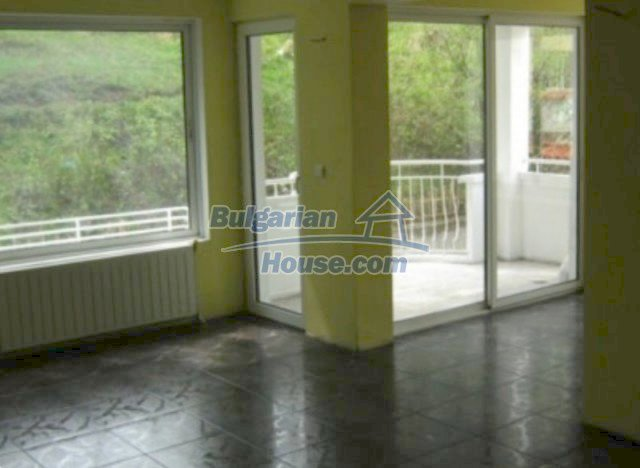 11563:3 - Large and well presented two-bedroom apartment in Razlog