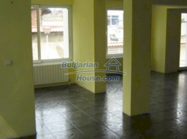 11563:4 - Large and well presented two-bedroom apartment in Razlog