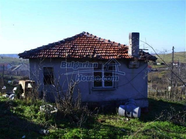 11566:2 - Charming rural house with a large garden near Kameno