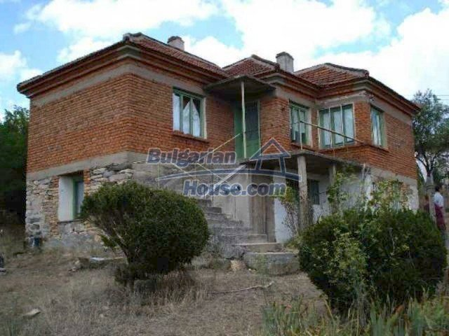 11567:1 - Spacious house with splendid surroundings 26 km from Elhovo