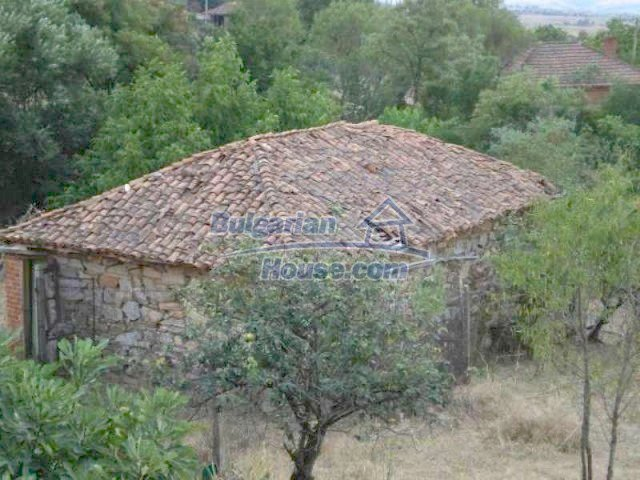 11567:10 - Spacious house with splendid surroundings 26 km from Elhovo