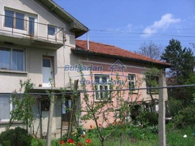 11571:3 - Cheap spacious country house 5 km from Vratsa