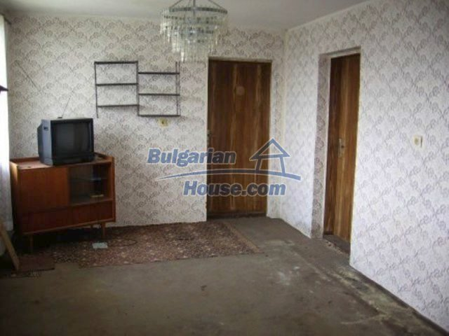 11571:8 - Cheap spacious country house 5 km from Vratsa