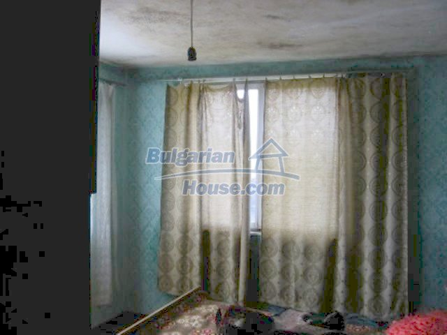 11571:10 - Cheap spacious country house 5 km from Vratsa