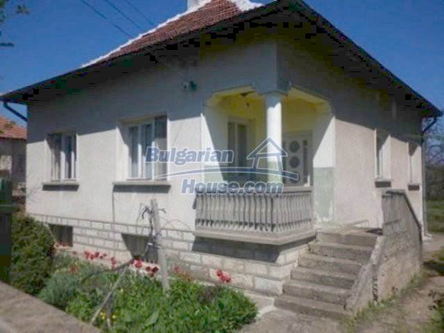 11572:2 - Large and sunny rural house with a lovely garden - Vratsa