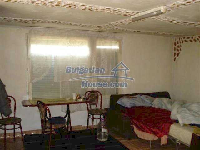 11575:7 - Nice and low priced rural house 3 km away from Elhovo