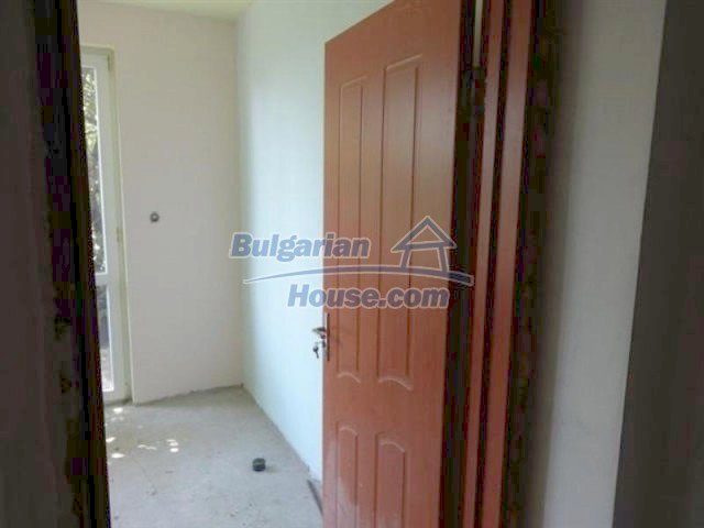 11577:17 - House in excellent condition 10 minutes drive from Burgas city
