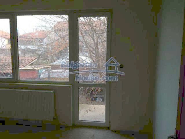 11577:18 - House in excellent condition 10 minutes drive from Burgas city
