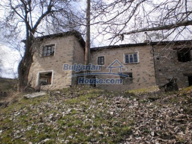11583:2 - Nice well kept house with a sunny garden near Kardzhali