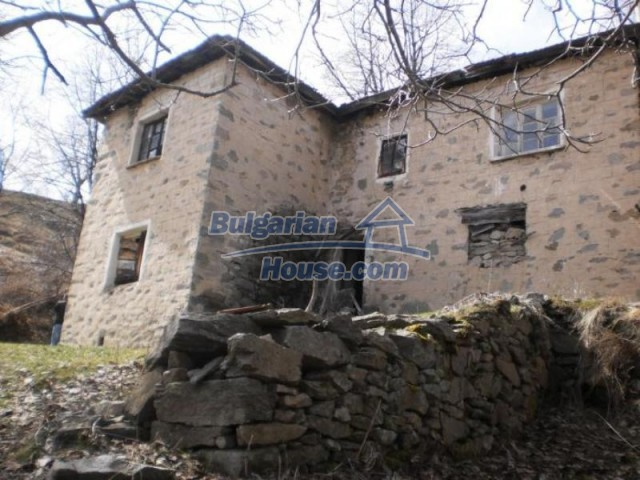 11583:7 - Nice well kept house with a sunny garden near Kardzhali