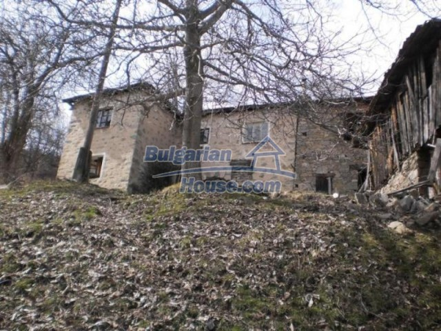 11583:11 - Nice well kept house with a sunny garden near Kardzhali