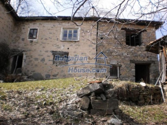 11583:8 - Nice well kept house with a sunny garden near Kardzhali
