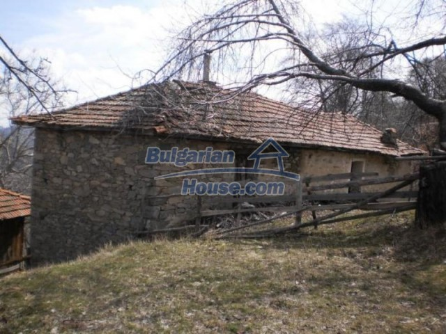 11583:9 - Nice well kept house with a sunny garden near Kardzhali