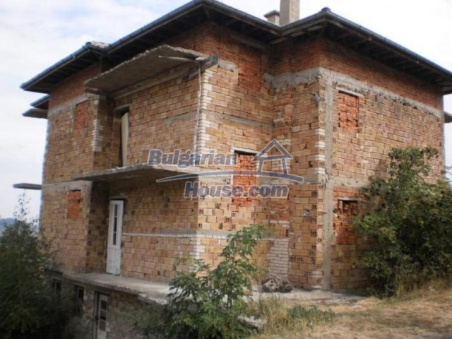 11584:6 - Spacious family house with a large garden near Pamporovo