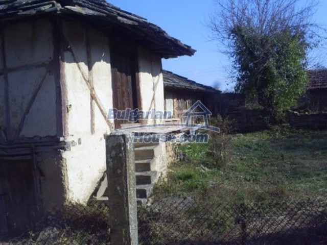 11586:4 - Cheap and nice rural house surrounded by forest - Vratsa