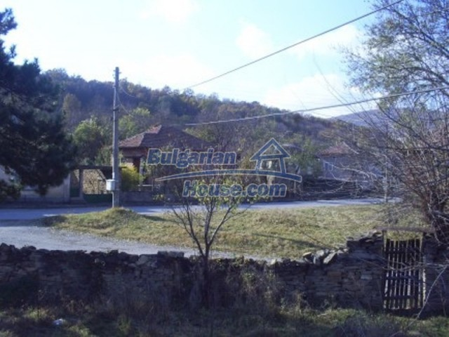 11586:7 - Cheap and nice rural house surrounded by forest - Vratsa
