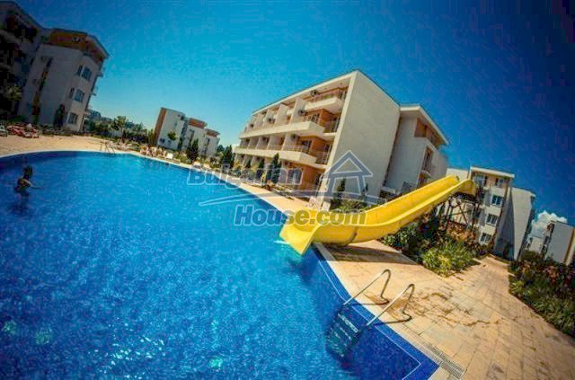 11591:19 - Well presented bargain studio apartment on the sea