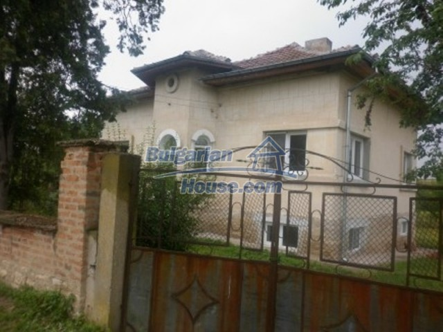 11592:2 - Renovated house near Vratsa and 20 km from the Danube River