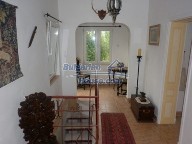 11592:18 - Renovated house near Vratsa and 20 km from the Danube River