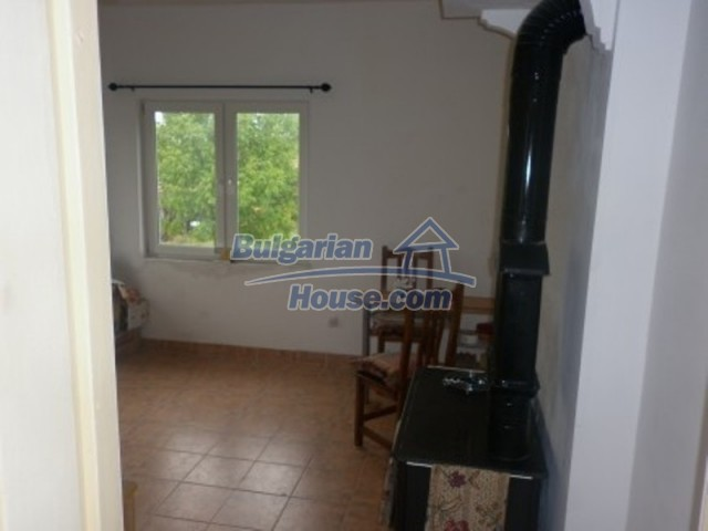 11592:22 - Renovated house near Vratsa and 20 km from the Danube River
