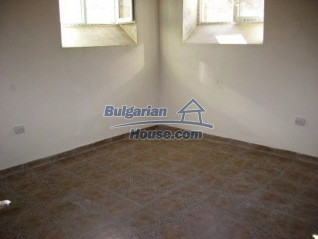 11592:29 - Renovated house near Vratsa and 20 km from the Danube River