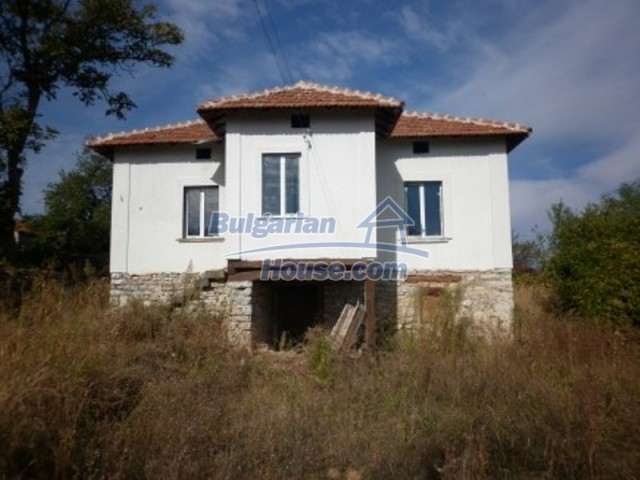 11593:2 - Lovely country house in a tranquil area near Vratsa