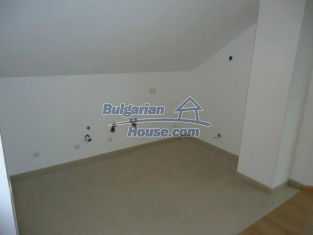 11594:3 - Furnished three-bedroom apartment near the ski lift in Bansko