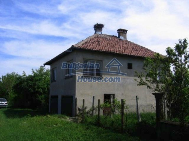 11598:2 - Cheap and pretty partly completed rural house near Vratsa