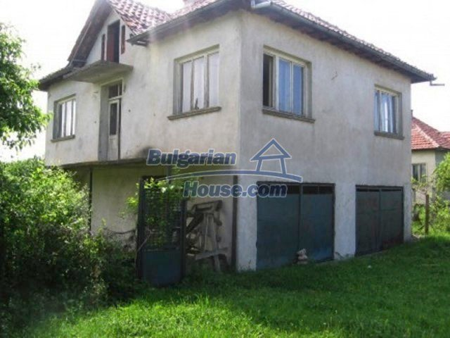 11598:3 - Cheap and pretty partly completed rural house near Vratsa