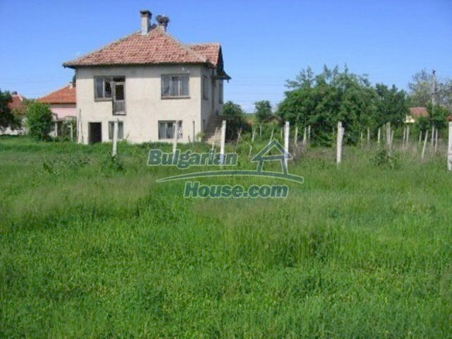 11598:4 - Cheap and pretty partly completed rural house near Vratsa