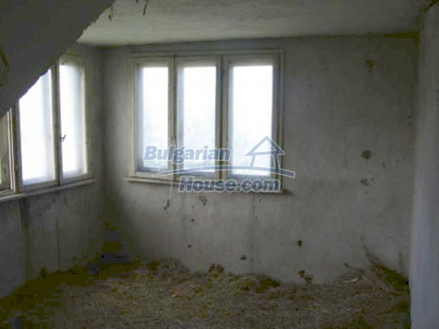 11598:8 - Cheap and pretty partly completed rural house near Vratsa