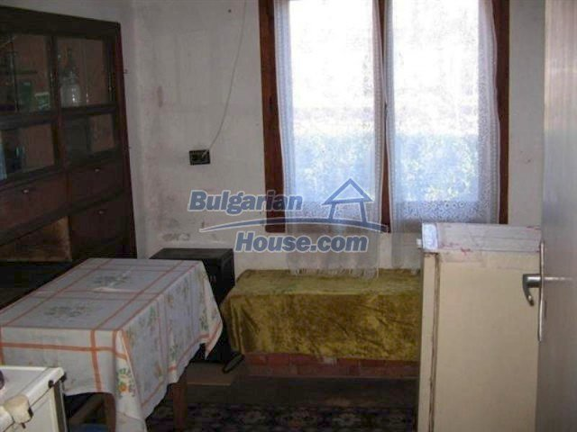 11600:8 - Well presented house near mountain and sea - Karnobat