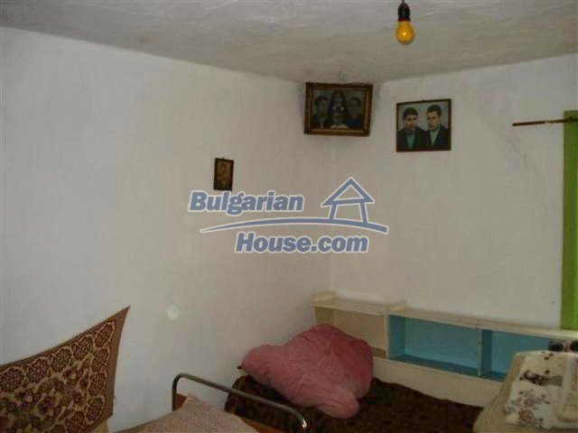 11605:6 - Lovely cheap house near Elhovo – splendid surroundings