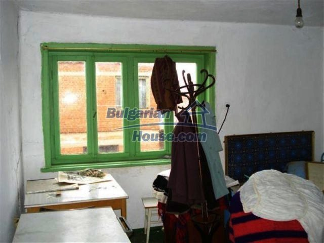 11605:10 - Lovely cheap house near Elhovo – splendid surroundings