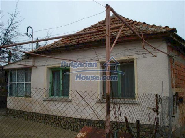 11607:1 - Cozy country house with a spacious garden near Elhovo
