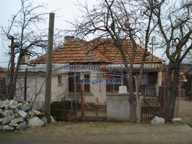 11607:3 - Cozy country house with a spacious garden near Elhovo