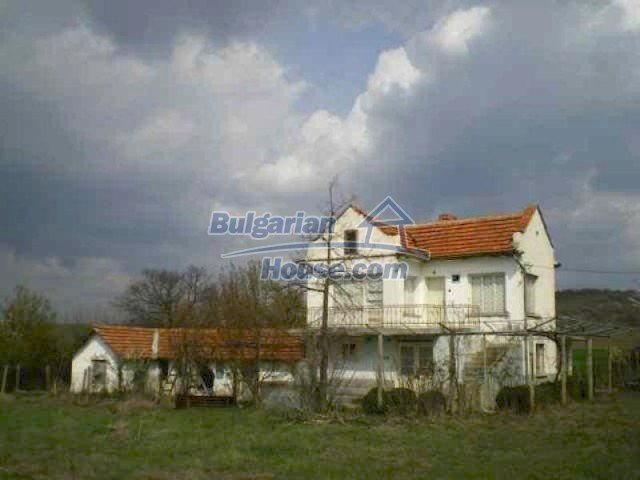 11608:2 - Lovely functional and cheap house near Elhovo