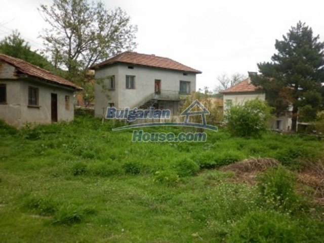 11617:1 - Charming rural house surrounded by greenery - Vratsa