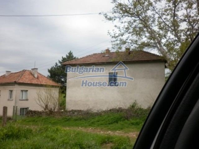 11617:4 - Charming rural house surrounded by greenery - Vratsa