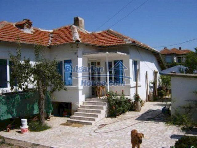 11618:1 - Very beautiful and cheap renovated country house near Elhovo